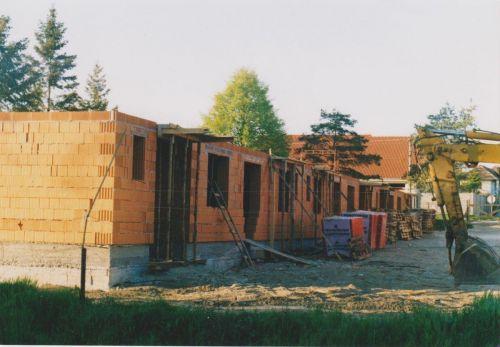 Výstavba nájomných bytov, 17.9.2002 začali prípravné práce