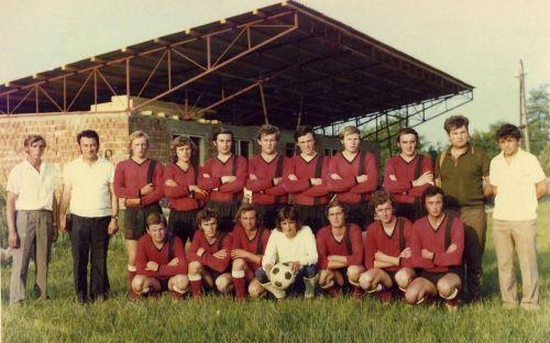 Futbalová reprezentácia obce v roku 1972